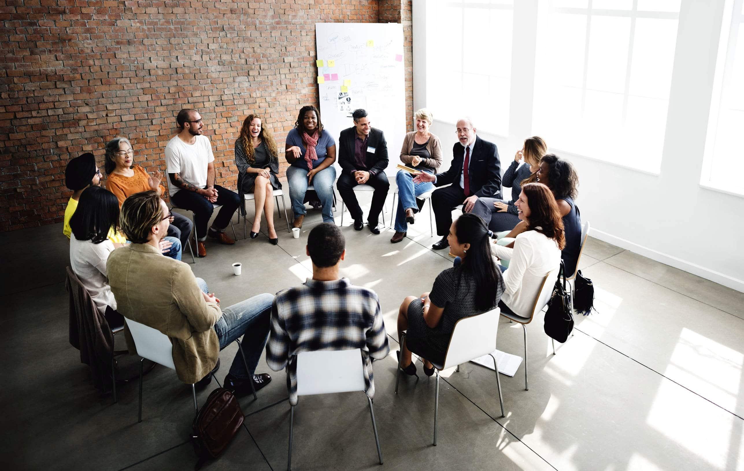 Outils de formation, theatre entreprise vous propose de nombreuses formations telles que accueil du public, prise de parole en public