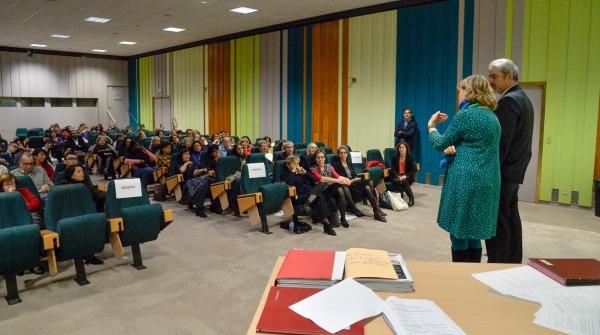 Égalité femmes hommes : interagir avec le public